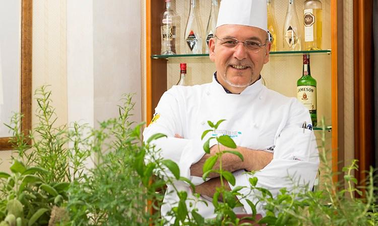 Nuova vita per il ristorante Eduardo Ai fornelli Maurizio Urso