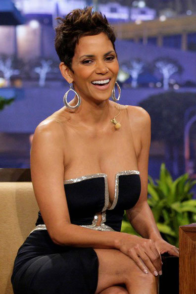Nude pictures of halle berry galleries 24
