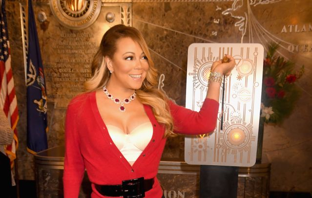 Mariah Carey Launches Nightly 'All I Want for Christmas' Light Show at  Empire State Building (Watch) - Mariah Carey Launches Nightly 'All I Want For Christmas' Light Show