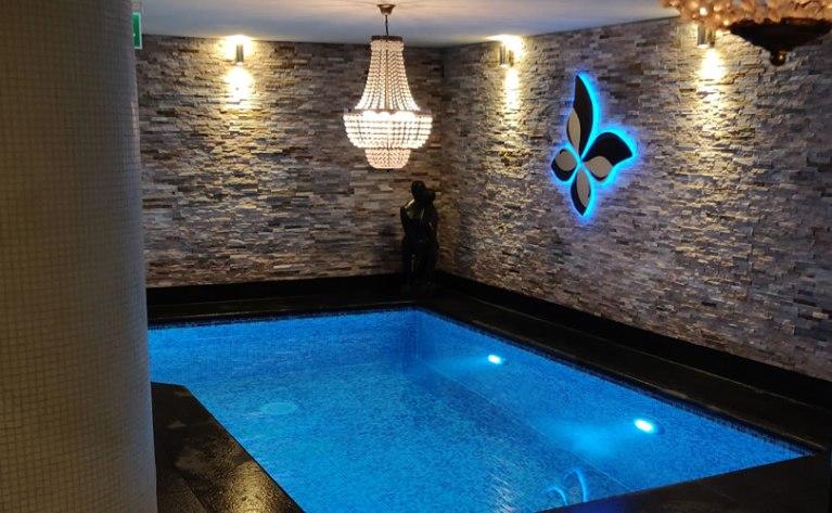 Euthalia Wellness Verzorging Zwembadwater Euthalia Verzorging & Wellness