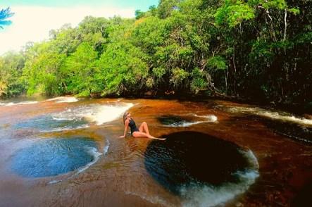 10-destinos-nacionais-para-visitar-quando-a-quarentena-acabar-presidente-figueiredo-amazonas-atual