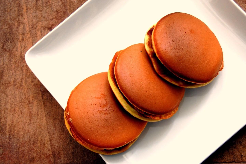 Dorayaki (Japanese red bean pancakes)