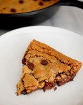 Nutella stuffed deep dish chocolate chip cookie pie