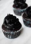 Vegan peppermint chocolate cupcakes with vegan peppermint chocolate buttercream (no margarine)