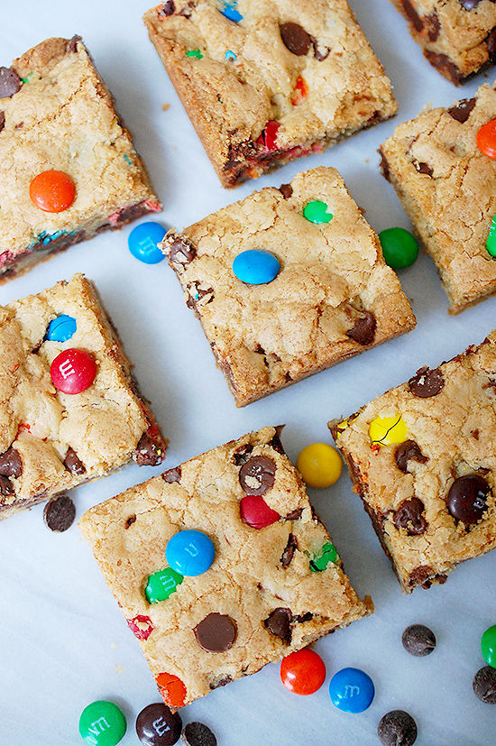 Chocolate chip M&M cookie bars