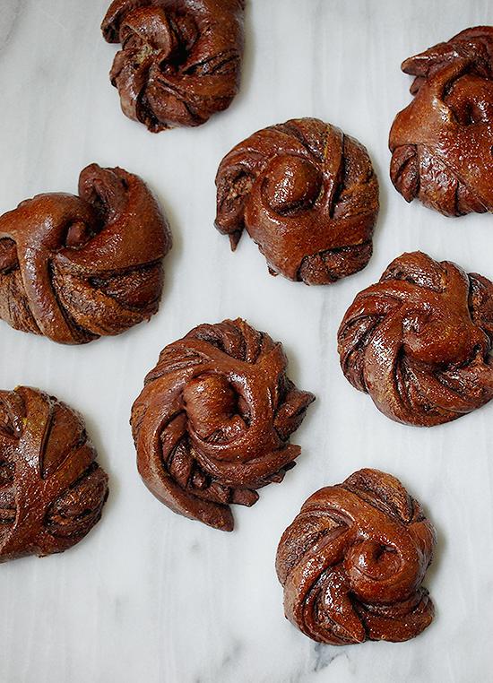 chocolate nutella roll