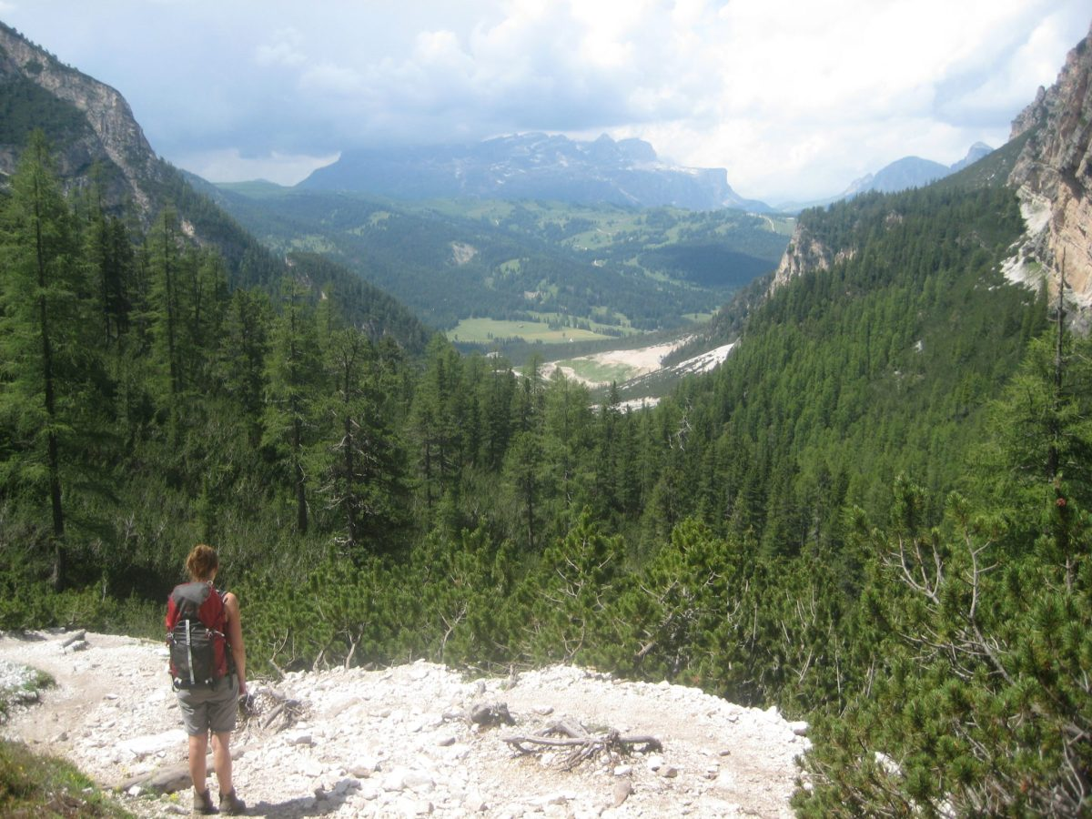Hiking_the_Dolomites_Italy