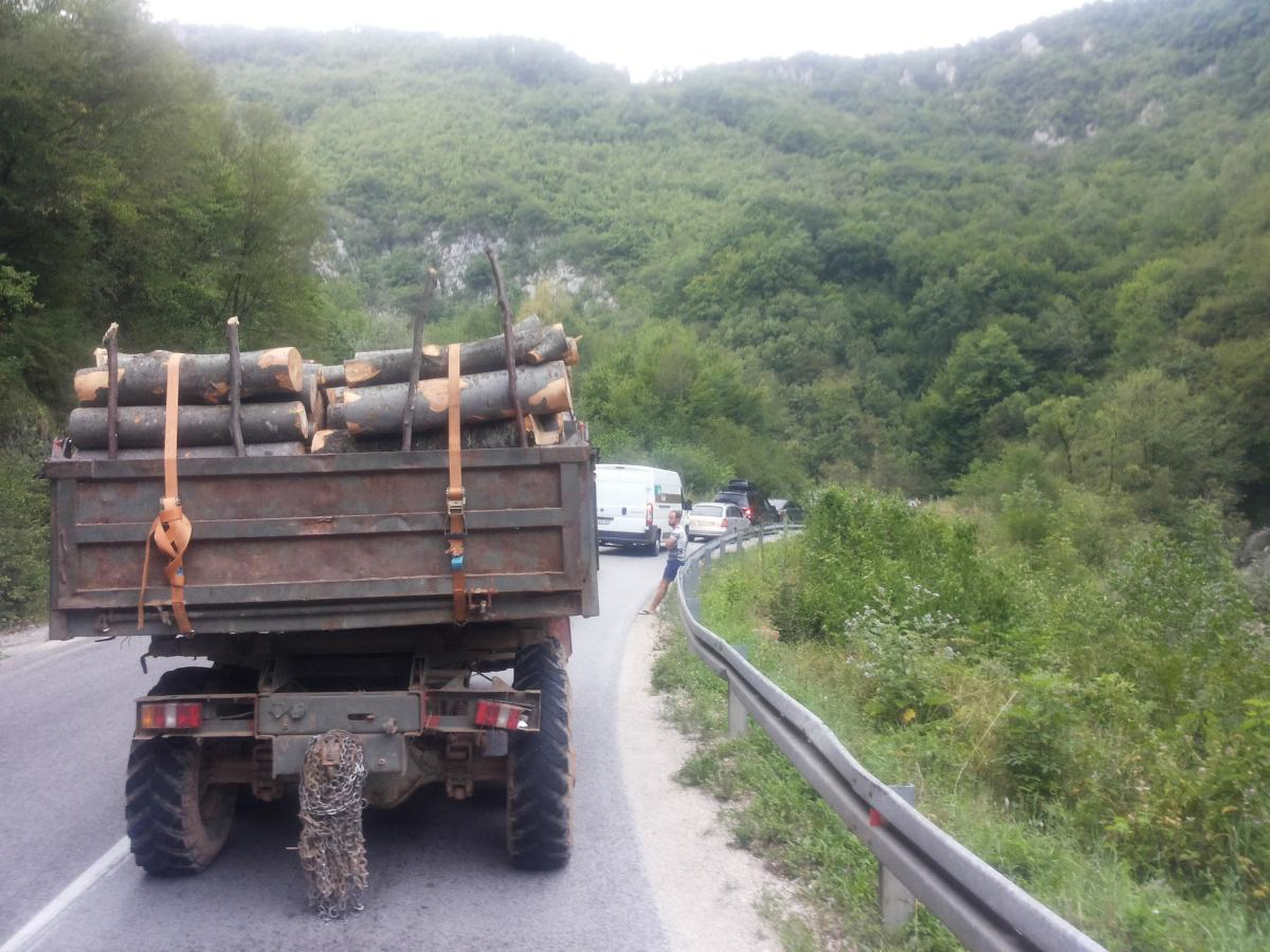 On_the_road_in_BiH