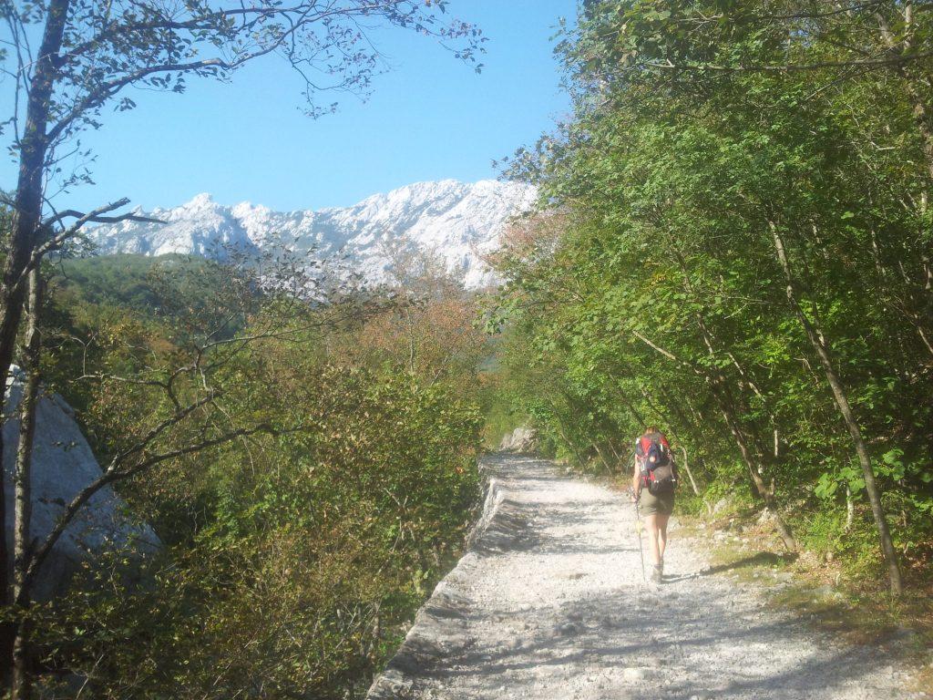 paklenica-hiking-trail-highway-to-the-hut-hiking-via-dinarica-croatia