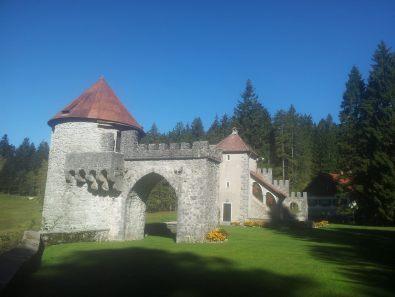 Hiking_via_dinarica_slovenia_green_karst