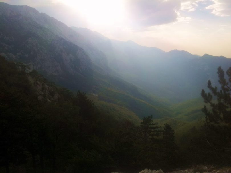 HR_Paklenica_NP_hiking_via_dinarica_white_trail_croatia