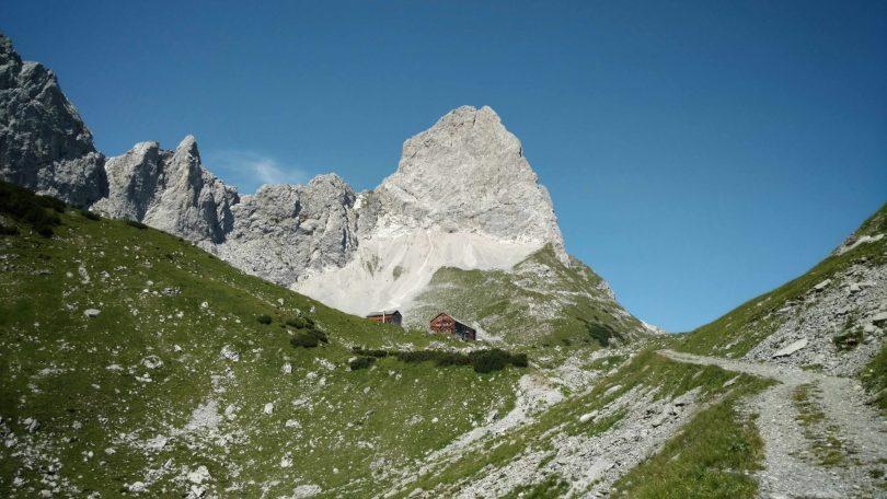 Lamsenjochhütte_karwendel_via_alpina