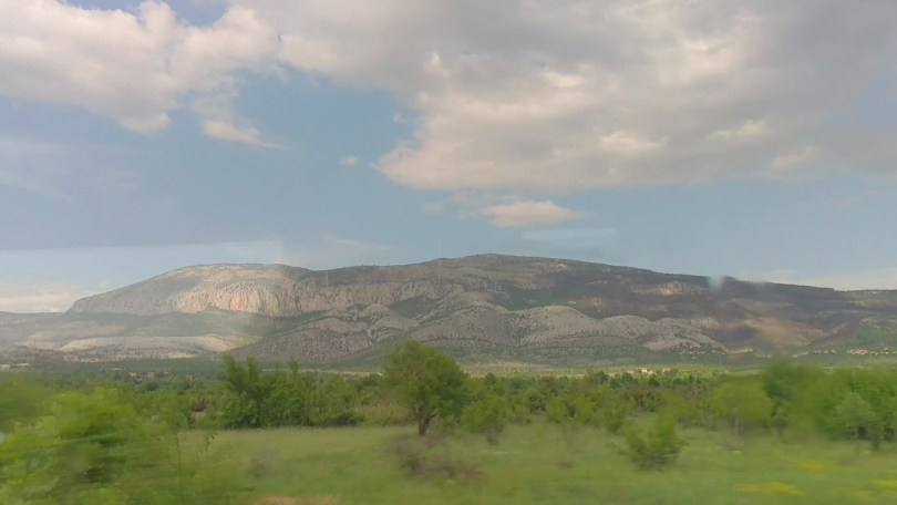 Bus ride from Zagreb to Knin | Finally, Dinara