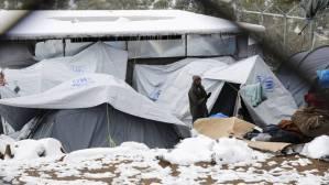Σκληρή κριτική στους ΣΥΡΙΖΑ-ΑΝΕΛ για το θέμα των προσφύγων και των αστέγων