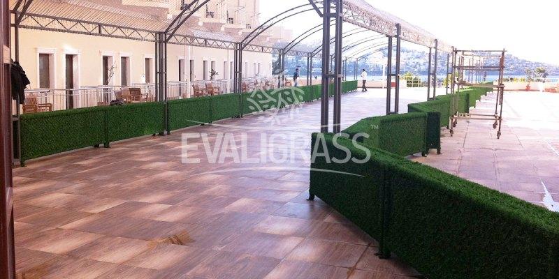 artificial grass fence manufacturer