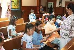 Unidos oremos por todas las Catequistas que inician curso de preparación para Confirmación y Primera Comunión, así como por todos los niños para que nuestro Padre les  bendiga.