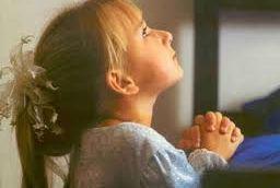 Unidos supliquemos a nuestro Padre por todos nuestros hermanos enfermos  para que nuestro Padre,  les de la salud, en especial por...