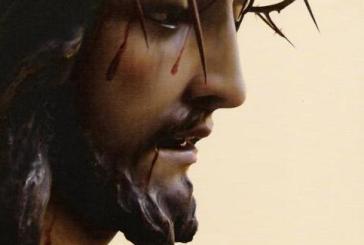 Hasta resucitar con Cristo... El futuro de una humanidad resucitada en Cristo sólo se construye amando. Y amar supone....