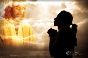 joven-orando-a-jesus
