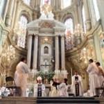 Jesús fortalece  a su sacerdocio: dos Diáconos más.