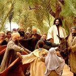 Cristianos reconociendo que Jesús es el mesías Jn 12, 12-18.