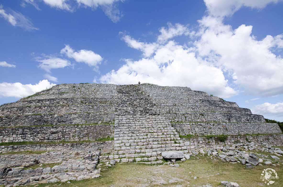 Pyramide Kinich Kakmo