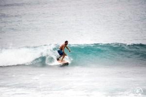 Surfer Tahiti