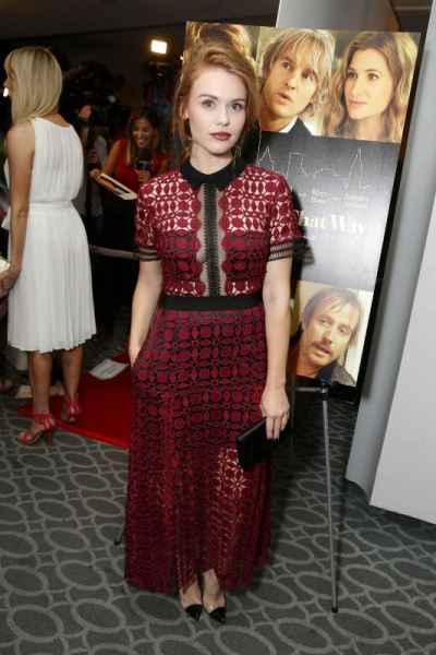 holland-roden-she-s-funny-that-way-premiere-in-los-angeles-self-portrait-who-wore-it-best-evatese-blog