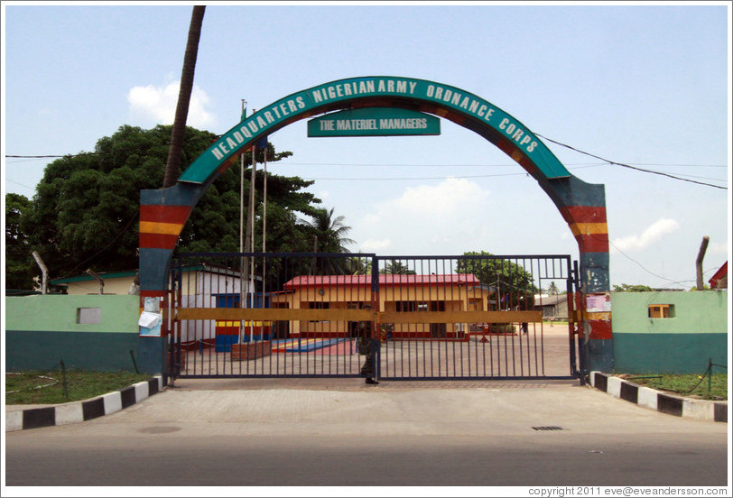 https://i1.wp.com/www.eveandersson.com/photos/nigeria/lagos-surulere-headquarters-nigerian-army-ordnance-corps-large.jpg