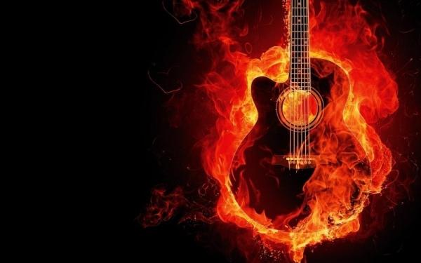 gitaar-in-vlammen