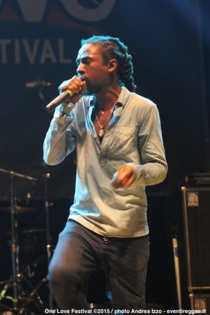 jah-cure-one-love-festival-9
