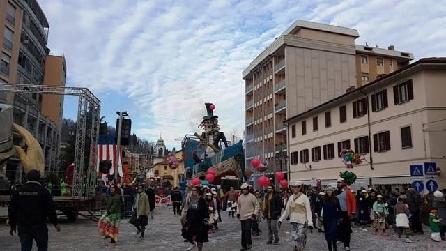 """""""Carro Terra Ferma"""" vincitore Borgosesia Carnevale 2019 Rione Montrigone"""
