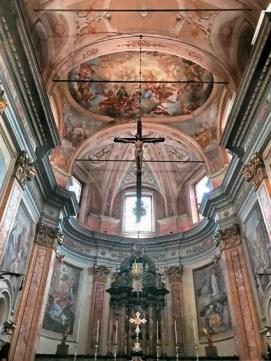chiesa parrocchiale interno