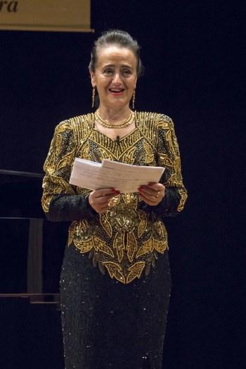 Piera Mazzone presentatrice della Finale