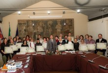 "Photo of Cerimonia di premiazione per ""Armonie Candelesi"" e ""Armonie di parole"""