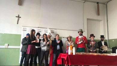 Photo of Borgosesia: Peru e Gin consegnano borse di studio all'Ipsia Magni