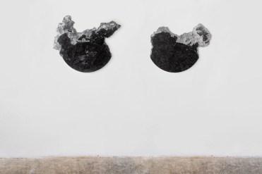 Yari Miele, Battito di ciglia, 2019, stone Pierre Bleu, courtesy of the artist