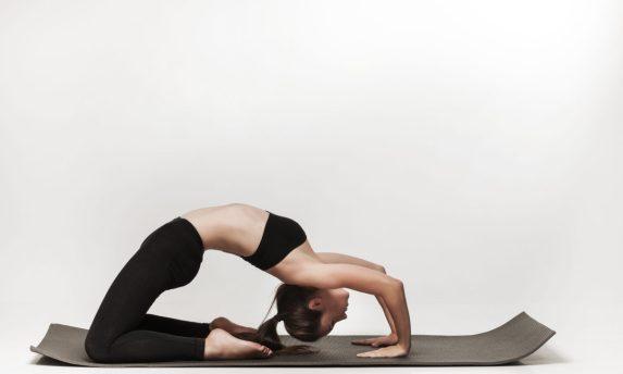 Risultati immagini per yoga schiena