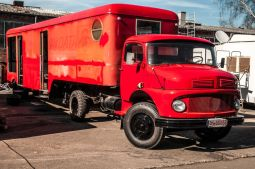 branding-eventmobil-foodtruck-messemobil-roadshow-truck-bau-koeln-8191