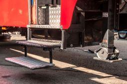 branding-eventmobil-foodtruck-messemobil-roadshow-truck-bau-koeln-8196