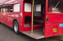 london-bus-koeln-doppeldecker-bus-rheinland-roter-bus-ruhrgebiet-event-mobil-fahrzeug-frechen-hintereingang