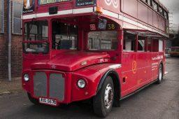 london-bus-koeln-doppeldecker-bus-rheinland-roter-bus-ruhrgebiet-event-mobil-fahrzeug-frechen-schraeg
