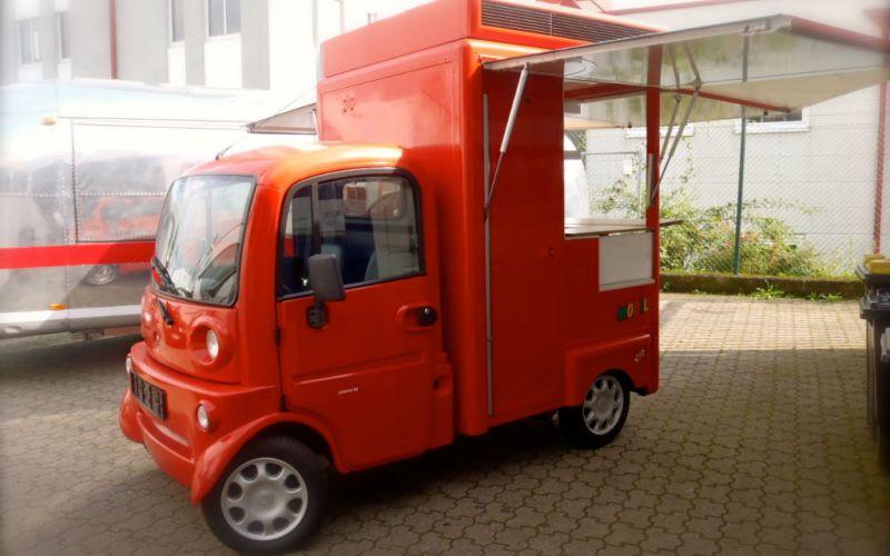 aixam-mini-fahrzeug-eventmobil-koeln-marktstand-verkaufsfahrzeug-messe-event-food