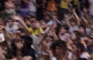 fans-867557__340