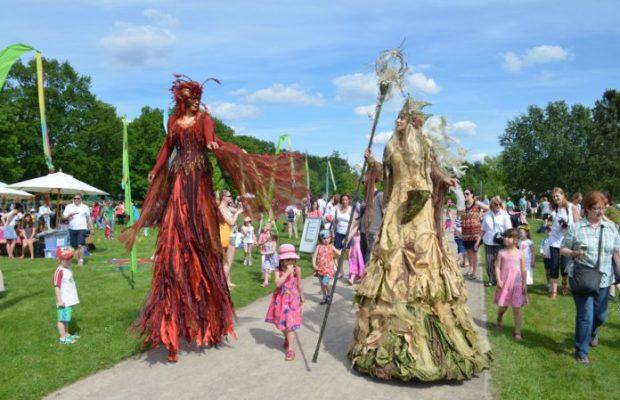 Großes Feenfest im Britzer Garten Sonntag, 28. Mai 2017, 14:00 bis 18:00 Uhr Rhododendronhain (nahe Eingang Buckower Damm)