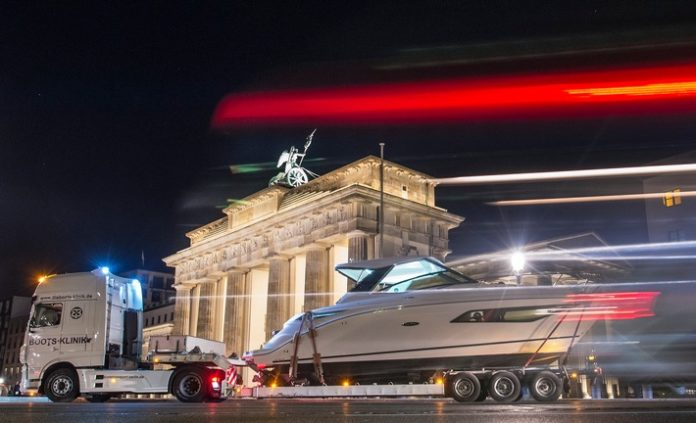 Bild, Wirtschaft, Angeln, Camping, Messen, Kajak, BOOT & FUN BERLIN, Wassersport, Freizeit, Kanu, Berlin