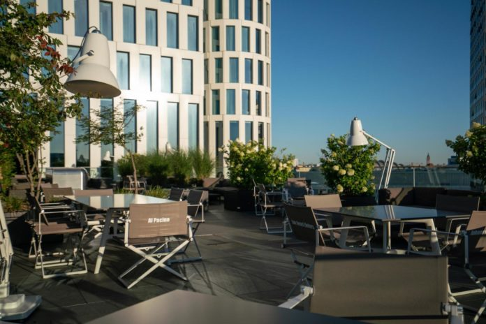 Motel One,Berlin,Lokale,#VisitBerlin,#Essen/Trinken,EventNewsBerlin,Dachterrasse des Motel One ,Freizeit,Unterhaltung