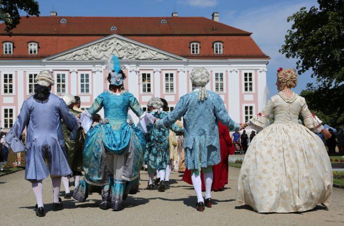 Tierpark Berlin,Großen Schlossfest,Berlin, Freizeit,Unterhaltung,#VisitBerlin, Commedia dell'arte, Flugshow,Tiere,Event