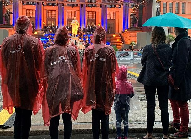 Opera Italiana begeistert Publikum trotz Regen