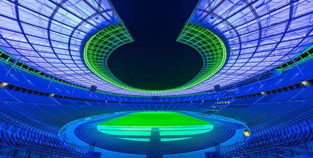 Die Lichterlebnis-Tour im Olympiastadion bis zum 08. Oktober 2021